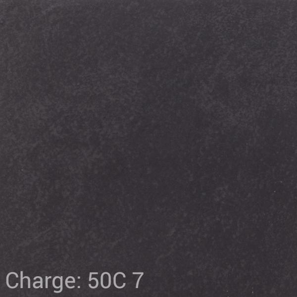 VUB_Ca80_2121_Cardesio_black_matt_R10_B_30x30_50C_7.png